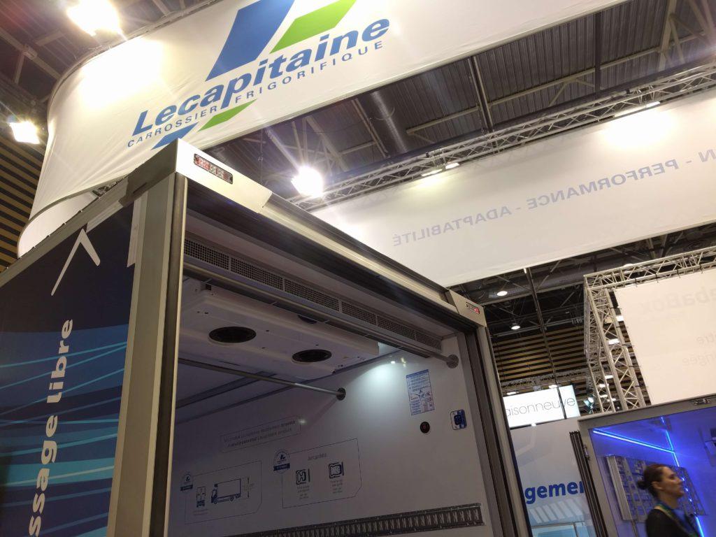 Rideau d' air BlueSeal in Lecapitaine vehicle with EasyAcc'air shutter door