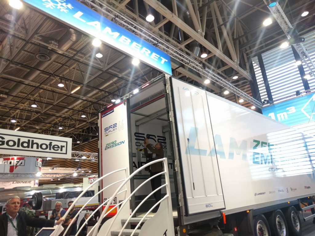 Rideau d' air BlueSeal in XPO vehicle Solutrans 2017