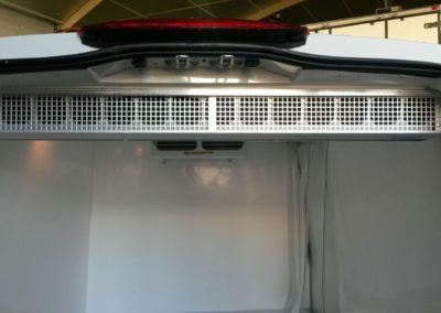 Air curtain in Mercedes Vito