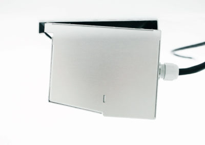 BlueSeal air curtain with mounting plate